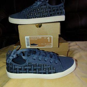 Size 1 K Kellen blue sneakers